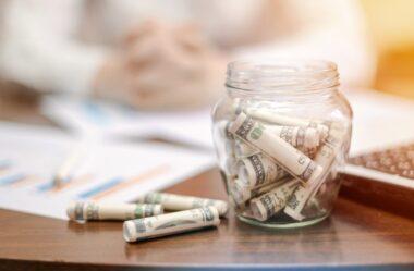 Como Investir em Dólar: Conheça 4 Opções Sem Sair do Brasil
